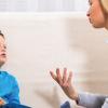 Как научить ребенка с аутизмом слушать собеседника?